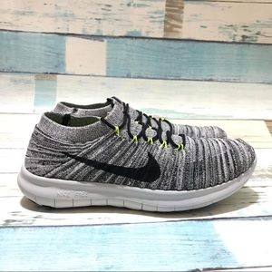 NEW Nike Free RN Motion Flyknit Running Shoes
